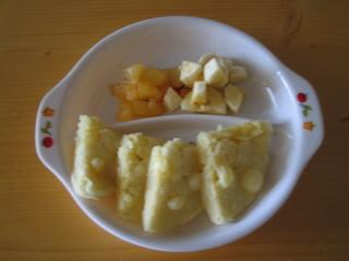 蒸しパン&プラム・バナナ
